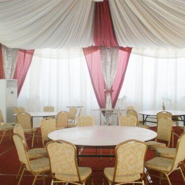 Dekorasi Indoor dari Classy Tent Decor