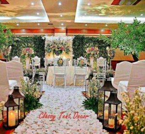 Dekorasi pernikahan backdrop bunga