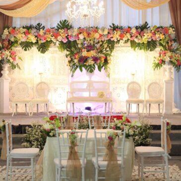 Dekorasi pernikahan di rumah bertemakan minimalis